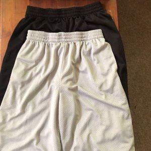 Starter shorts boys XXL (18) set of 2
